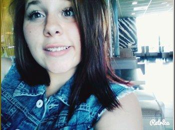 Alicia.  - 18 - Etudiant(s)