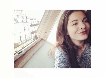 Ilona  - 18 - Etudiant(s)