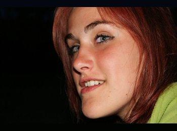 Helene - 22 - Etudiant