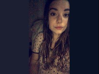 Mathilde  - 18 - Etudiant