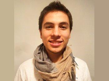 Gustavo   - 21 - Etudiant