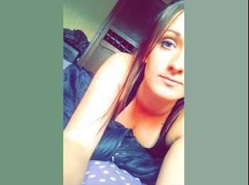 Laura - 18 - Etudiant