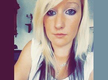 Laura - 19 - Etudiant