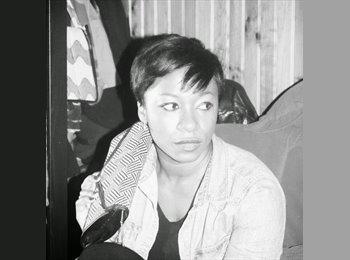 Marlyse - 25 - Salarié