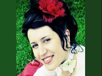 Appartager FR - Melanie - 24 - Niort