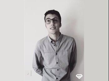 Charles - 22 - Etudiant