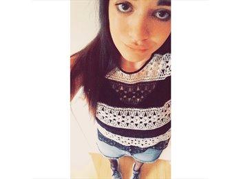Ilona - 19 - Etudiant