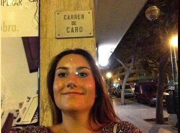 Carolyn - 23 - Etudiant
