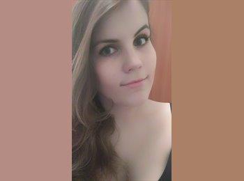 Justyna - 21 - Etudiant