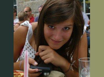 Chloe - 19 - Etudiant