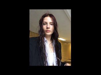 Amanda - 26 - Etudiant