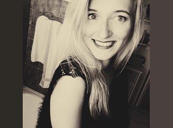 Anne Claire - 22 - Etudiant