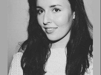 Emily - 20 - Etudiant
