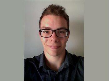Julien - 21 - Etudiant