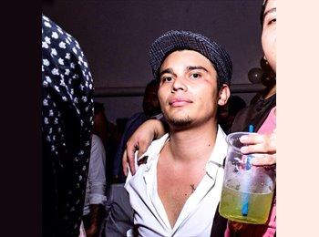 Jose Carlos - 21 - Etudiant