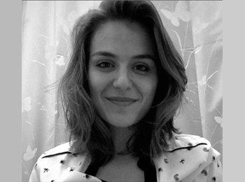 Anna - 20 - Etudiant