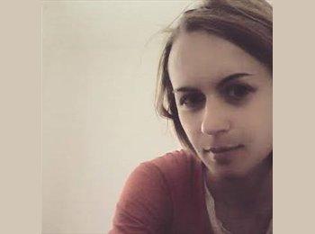 Olga - 25 - Etudiant