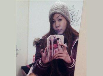 Nicole - 34 - Etudiant
