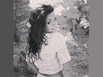 Anna - 19 - Etudiant