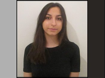 Alexandra - 25 - Etudiant