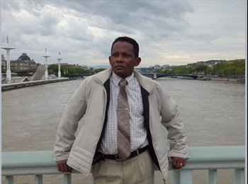 Jean Baptiste - 40 - Etudiant