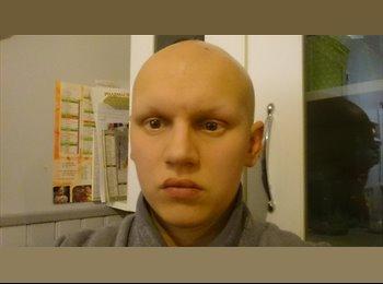 Damien  - 26 - Etudiant