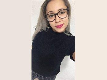 Sarah - 23 - Etudiant
