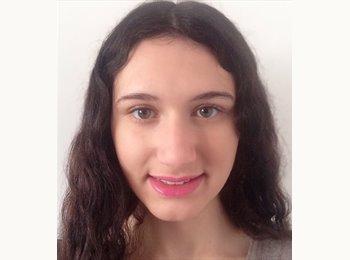 Raphaëlle - 19 - Etudiant
