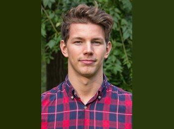Philip Björklund - 24 - Etudiant