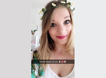 Julie - 20 - Etudiant