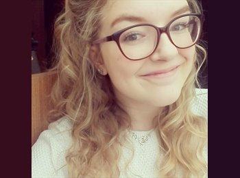 Appartager FR - Lauren - 20 - Niort
