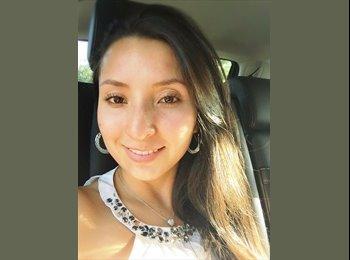 Alexandra - 24 - Etudiant