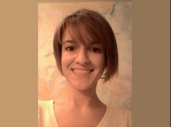 Alexandra - 29 - Etudiant