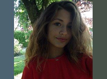 Amandine - 19 - Etudiant