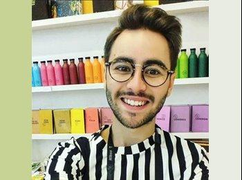 Arnaud - 24 - Etudiant
