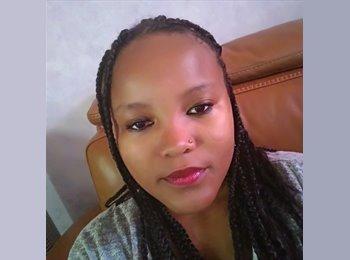 Karima  - 22 - Etudiant