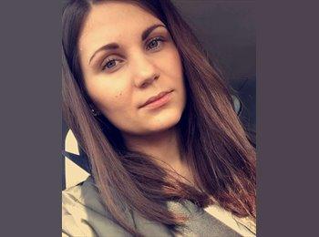 Charlotte - 20 - Etudiant