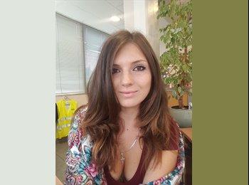 Appartager FR - Kristina - 22 - Annemasse