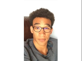 Appartager FR - Luc  - 21 - Poitiers