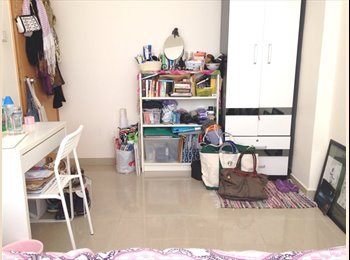 Spacious room + Roof - Wanchai - 9K HKD