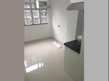 EasyRoommate HK - NEW Unfurnished Studio (30 sec to ShamShuiPo MTR-red line) 12 MONTHS RENTAL, Sham Shui Po - HKD5,800 pcm