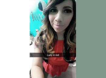 Stephanie - 27 - Professional