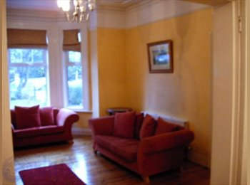 EasyRoommate IE - Massive size, clean and bright double room - Dublin City Centre, Dublin - €450 pcm