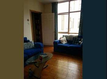 Big double room available for rent in a bright and...