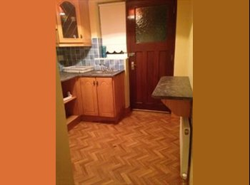Granny flat available in 5 Bedroom House next to Clybaun...