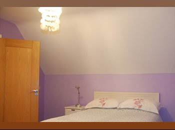 EasyRoommate IE - 1 Bedroom for Rent for Women in Cosy House With Parking - Dublin City Centre, Dublin - €550 pcm
