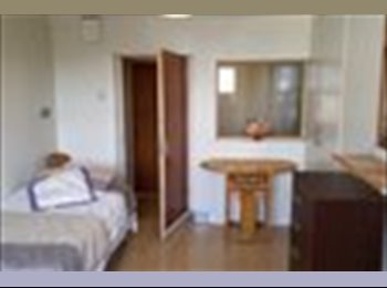EasyRoommate IE - 1 Bed Available for 1 Year - Dublin City Centre, Dublin - €500 pcm