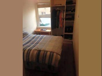 EasyRoommate IE - Double bedroom on Thomas street, Dublin - €600 pcm