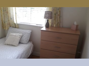 EasyRoommate IE - 1 large double and 1 large single room, Dublin - €800 pcm
