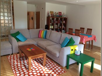 EasyRoommate IE - Furnished double room to rent with own bathroom, Dublin - €1,000 pcm